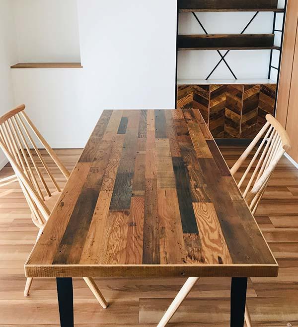 Reclaimed Works 古材を使ったテーブルイメージ
